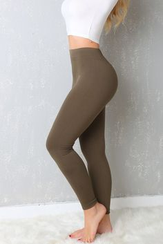 FREE SHIPPING OVER $50 & FREE RETURNS ON US ORDERS You don't have to sacrifice comfort for style as long as this Leggings are around! These super soft stretch knit leggings have an elastic, banded wai