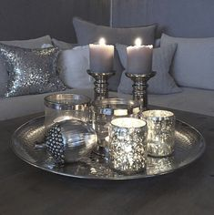 45 Pretty Decorating Ways to Style Your Coffee Table - Decorative Tray - Ideas of Decorative Tray - coffee table centerpieces; table centerpieces for living room; Coffee Table Centerpieces, Decorating Coffee Tables, Coffee Table Candle Decor, Coffee Table Christmas Decor, Living Room Designs, Living Room Decor, Bedroom Decor, Coffee Table Decor Living Room, Dinning Table