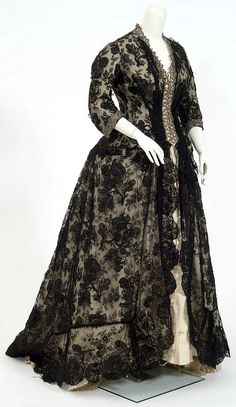 1870s gown (side view) worn by Mahala Pillsbury, wife of John S. Pillsbury - by Minnesota Historical Society, via Flickr
