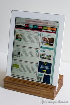 DIY Scrap Wood iPad holder - tutorial to make by Infarrantly Creative Pretty Handy Girl Diy Ipad Stand, Wood Ipad Stand, Tablet Stand, Phone Stand, Small Wood Projects, Scrap Wood Projects, Woodworking Projects, Diy Projects, Craft Tutorials