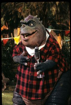 DINOSAURS - 'Wesayso Knows Best' - Airdate: May 8, 1992. (Photo by ABC Photo Archives/ABC via Getty Images) EARL SINCLAIR Dinosaur Dvd, Disney Dinosaur, Dinosaur Costume, Dinosaur Fossils, Natural History Museum Dinosaurs, Dinosaur History, Earl Sinclair, Sculptures, Photos