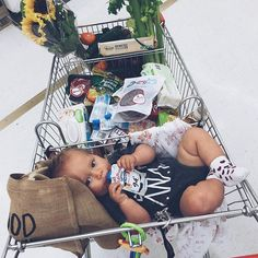 I Love Babies : Fotografia - deniz ♥ cute and sweet - Baby Lil Baby, Baby Kind, Little Babies, Baby Love, Cute Babies, Cute Family, Baby Family, Family Goals, Baby Tumblr