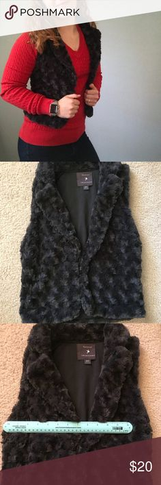 Forever 21 Faux Fur Vest Great used condition! This vest is meant to be short so check the measurements in the image! Forever 21 Jackets & Coats Vests