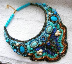 Beautiful beaded jewelry with butterflies (part II) Click on link to get pattern - http://beadsmagic.com/?p=6930