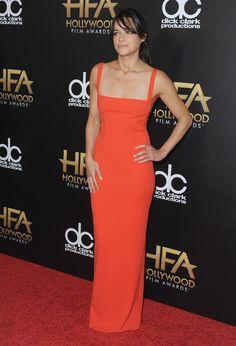 Pin for Later: Die Stars starten in die Award Season bei den Hollywood Film Awards Michelle Rodriguez