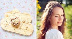 Interview gourmande : Mély de Chaudron Pastel Interview, Menu, Bread, Food, Greedy People, Menu Board Design, Brot, Essen, Baking