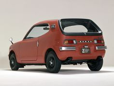 One of the early Honda cars to America, the Z /600 Coupe.  So much want!