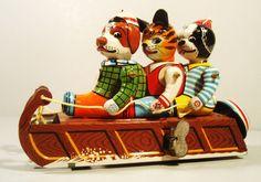 50'S/60'S TIN WINDUP ANIMAL TOBOGGAN W DOGS AND CAT WINTER WIND UP MARUSAN JAPAN