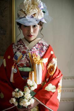 A contemporary uchikake (Bridal kimono.)