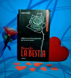 RESEÑA: LA BESTIA DE ALEX FLINN Foto by Avelina