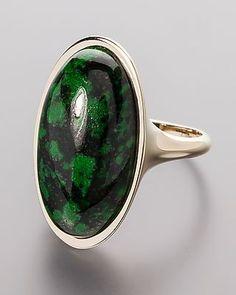 Eleganter Goldring mit Piemonteser Jade -  #schmuck #jewellery #sognidoro #sogni #doro #ring