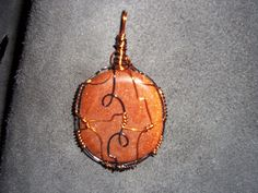 Goldstone gem pendant wrap