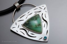 Shield I Pendant: Fabricated Sterling Silver por MichaelTheeStudio