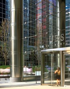 UBS Tower Glass Curtain Wall, Glass Building, Glass Structure, Landscape Elements, Steel Columns, Glass Facades, Entrance Design, High Rise Building, Signage Design