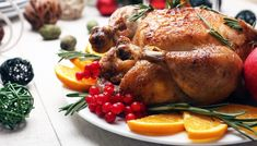 Baked chicken for festive dinner. Nicolas Bernardé, Healthy Cooking, Cooking Recipes, Austrian Recipes, Le Chef, Roasted Turkey, Food Festival, Relleno, Baked Chicken