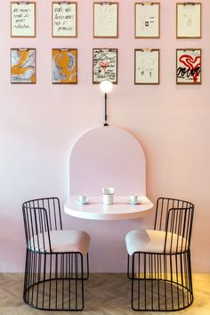 This modern and pink patisserie has clipboards with customer's drawings. #ModernCafe #Patisserie #InteriorDesign