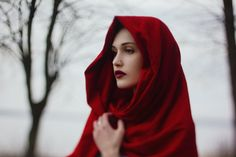 .little red riding hood (good winter shoot)