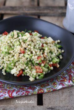 Sałatka z makaronem kuskus / Kuskus salatası
