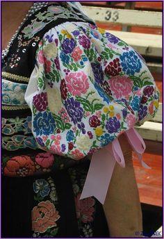 Female sleeve embroidery across Slovakia.