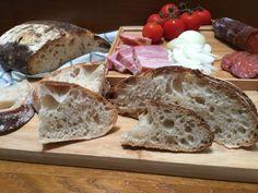 Kovászos kenyér, és a kovászolásom története   mókuslekvár.hu Camembert Cheese, Dairy, Bread, Food, Brot, Essen, Baking, Meals, Breads