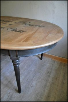 Relooking de meubles style Campagne   L'Atelier de Lou Country Style Furniture, Upcycled Furniture, Room Decor Bedroom, Furniture Makeover, Shabby, Dining Table, Home Decor, Architecture, Vintage