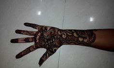 Nice hand design