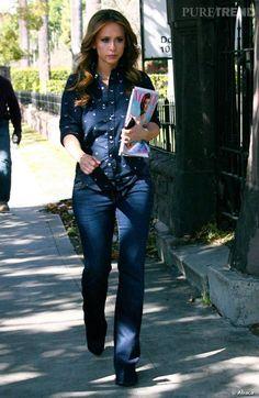 """Jennifer Love Hewitt sur le tournage de sa nouvelle série """"The Client List""""."""