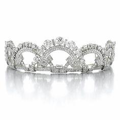 Fine and Elegant Diamond Tiara, Monture Boucheron, 1937 - Sotheby's