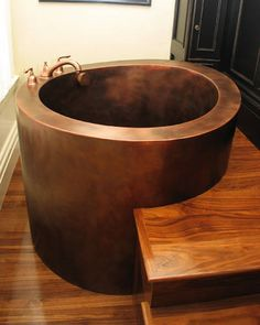 Copper Japanese Soaking Tub - Bing images You are in the right place about Japanese soaking tubs diy Japanese Bathtub, Japanese Soaking Tubs, Tub Shower Combo, Shower Tub, Outdoor Bathtub, Copper Bath, Oriental, Undermount Bathroom Sink, Bath Design