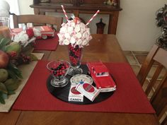 1950's theme centerpiece - Yahoo Search Results