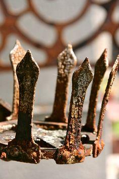 Paris ...... Rustica corona de hierro