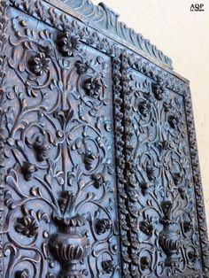 Arequipa La Antigua: Casona del Moral-una primera referencia que se hace al emblemático árbol de mora que da nombre a la casa y la calle la encontramos en el testamento de don Melchor Pacheco en 1869. Detalle
