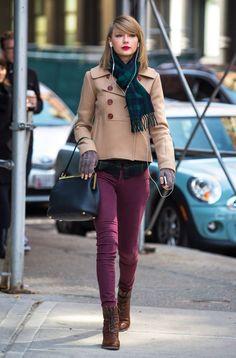 Taylor Swift Purple Pants Perfection - http://oceanup.com/2014/03/27/taylor-swift-purple-pants-perfection/