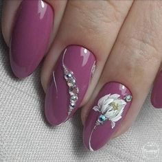 Cute Art Design Nails With Rhinestone Track down inspiration & the current nail art trends. Classy Nails, Fancy Nails, Pink Nails, Classy Nail Designs, Nail Art Designs, Nails Design, Gel Nail Art, Acrylic Nails, Nail Polish