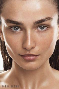 Andreea Diaconu Stuns in Bobbi Brown Cosmetics' Fall 2017 Campaign