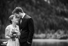 Hochzeit Lisa Alm Flachau – Lisa & Rob - Foto Sulzer Blog Lisa, Couple Photos, Couples, Wedding Dresses, Pictures, Engagement, Pretty Pictures, Simple, Nice Asses