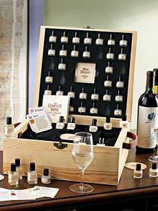 Wine Aroma Kits that actually help- mini wine bottles to taste and smell. Perfect! Now to find out where to buy it...