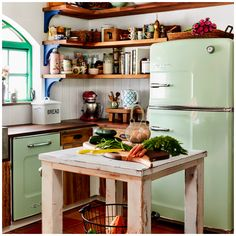 13 Must See Retro Big Chill Kitchen Layouts A blast from the past and a view of the future? These 13 inspiring kitchen layouts feature pieces from our… Continue reading > Eclectic Kitchen, Boho Kitchen, Vintage Kitchen, New Kitchen, Kitchen Dining, Kitchen Ideas, Kitchen Cabinets, Design Kitchen, Southwest Kitchen