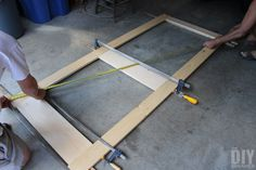 Building a screen door is a great DIY project that will add beautiful character to your home. Learn how to build a screen door with this tutorial. Front Door With Screen, Wood Screen Door, Wooden Screen, Side Door, Funky Painted Furniture, Painted Chairs, Painted Tables, Screened Porch Doors, Front Porches