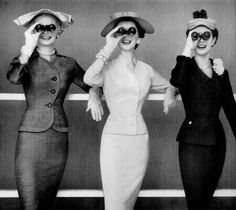 women had such class.... 1954 #photography #vintage