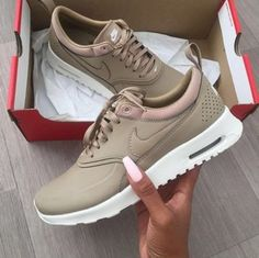 NIKE Women's Shoes - Nike Air Max Thea Premium Desert Camo Casual Sports Shoes - Find deals and best selling products for Nike Shoes for Women Nike Free Shoes, Nike Shoes Outlet, Running Shoes Nike, Running Leggings, Nike Thea, Nike Free Runners, Nike Air Max, Mode Ootd, Sport Outfit
