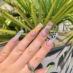 Bling Acrylic Nails, Almond Acrylic Nails, Best Acrylic Nails, Glamour Nails, Classy Nails, Trendy Nails, Dope Nail Designs, Art Designs, Acylic Nails