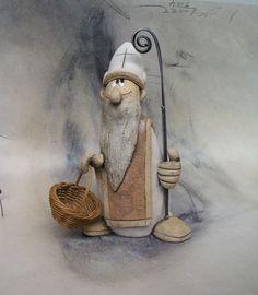 Mikuláš+pro+Pavlu...+Na+přání+...+Figurka+vysoká+20+cm,cínovaná+berle,košík+na+uhlí+:-))) Ceramic Clay, Pavlova, Sculpture Art, Nativity, Porcelain, Creatures, Dolls, Ornaments, Rust