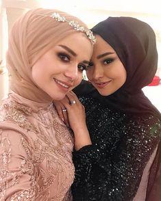Image may contain: 2 people, close-up - nisan wedding veil photography Women's Dresses, Hijab Wedding Dresses, Dress Wedding, Hijabi Wedding, Selena Gomez, Hijab Abaya, Simple Hijab, Moda Emo, Most Beautiful Dresses