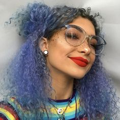 Dyed Curly Hair, Dye My Hair, Curly Hair Styles, Natural Hair Styles, Dyed Hair Blue, Royal Blue Hair, Best Hair Dye, Natural Beauty, Smoke Hair