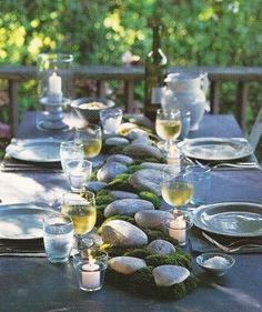 Stone and Moss Table Runner-- So cool! Maybe for the appetizer table?