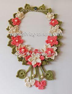 How to Crochet a Puff Flower - Crochet Ideas Crochet Necklace Pattern, Crochet Bracelet, Bead Crochet, Crochet Motif, Cute Crochet, Crochet Earrings, Crochet Puff Flower, Crochet Flower Tutorial, Crochet Flower Patterns
