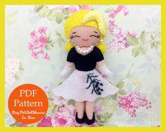 Grace Kelly in Rear Window. Felt Doll. Felt pattern. PDF Pattern. Sewing pattern. Felt Crafts.