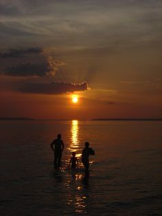 Família se banhando no Rio Negro - Manaus - Amazonas