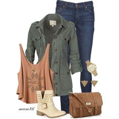 How perfect is this Fall/Back to School outfit? We love the layers and accessories!